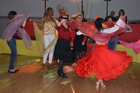 Démonstration de danse orientale